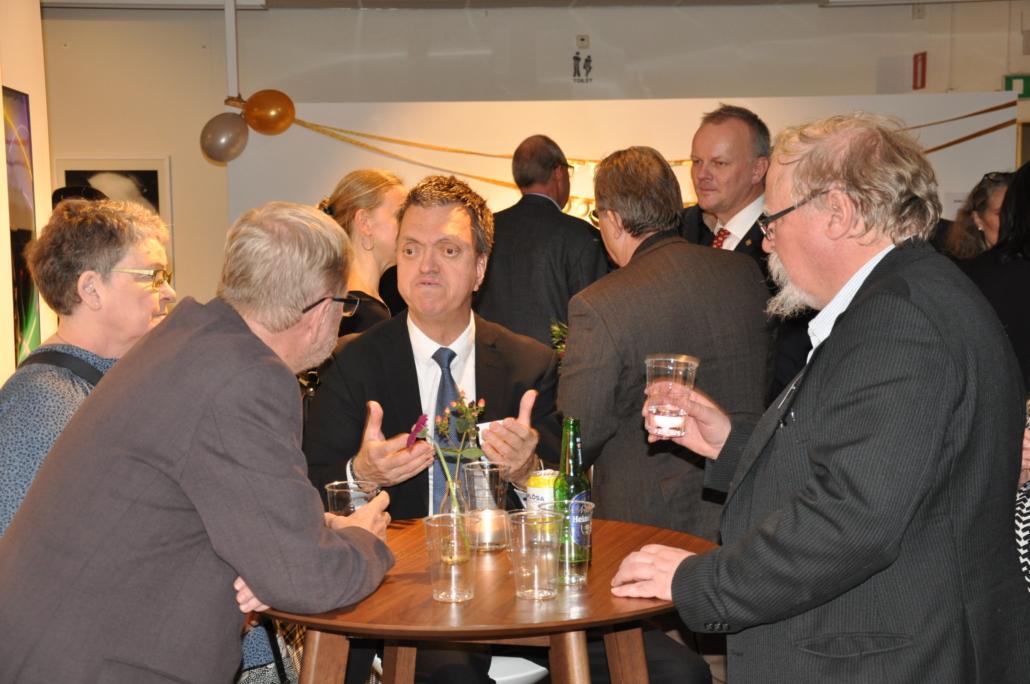 Från vänster Björn, Thomas och John från Funktionsrätt Skåne på disputationsfesten